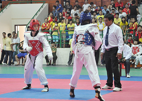 Trần Thị Mỹ Khanh (bên trái) - một trong những gương mặt tài năng của thể thao Việt Nam hiện nay.Ảnh: T.VY