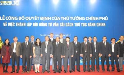 Ảnh: Các đại biểu tham dự Lễ Công bố quyết định của Thủ tướng Chính phủ về việc thành lập Hội đồng tư vấn cải cách thủ tục hành chính (chinhphu.vn)