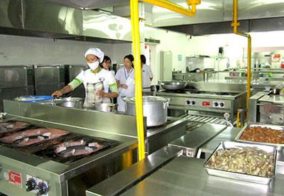 Một bếp ăn tập thể trên địa bàn TP.Tam Kỳ