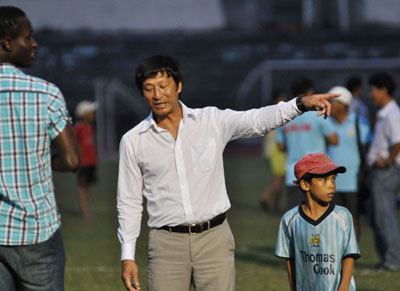 HLV Vũ Quang Bảo bước đầu đã thể hiện được mình tại QNK Quảng Nam.Ảnh: A.S