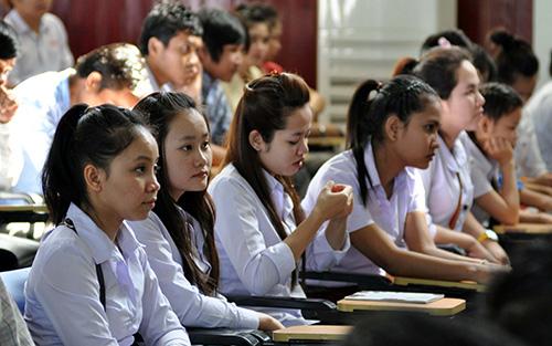 Lưu học sinh Lào theo học tại trường Đại học Quảng Nam.Ảnh: X.PHÚ