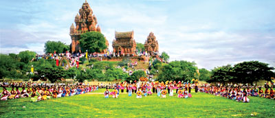 Lễ hội Katê - Ninh Thuận.
