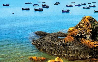 Gành Đá Đĩa - Phú Yên.
