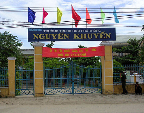 Trường THPT Nguyễn Khuyến có tỉ lệ tốt nghiệp thấp nhất tỉnh.