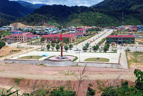 Cung ứng điện kịp thời cho trung tâm huyện lỵ mới Tây Giang.