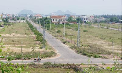 Khu đô thị mới Điện Nam - Điện Ngọc vẫn còn dang dở. Ảnh: T.D