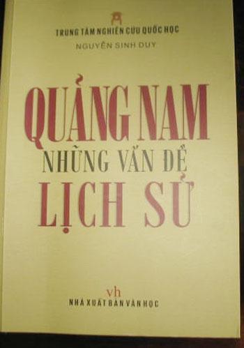 """Bìa sách """"Quảng Nam - những vấn đề lịch sử"""" của Nguyễn Sinh Duy."""
