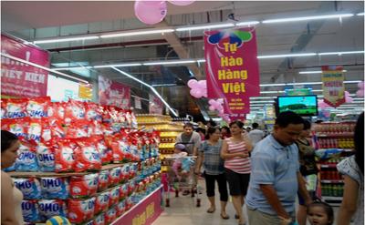 """Chương trình """"Tự hào hàng Việt"""" góp phần đẩy sức mua của người tiêu dùng.  Ảnh: THANH BÌNH"""