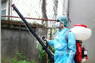 Diễn tập phòng chống dịch bệnh và phun hóa chất diệt khuẩn năm 2013.