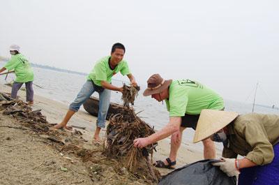 Doanh nhân tham gia bảo vệ môi trường, xây dựng hình ảnh thương giới Quảng Nam.