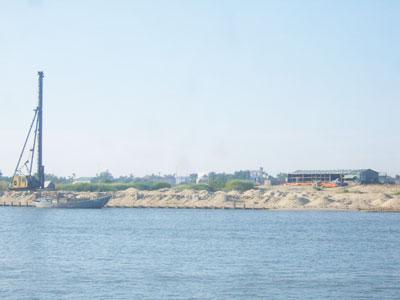 """""""Sốt"""" đất dự án ven biển trong nhiều năm trước. Ảnh: Q.H"""