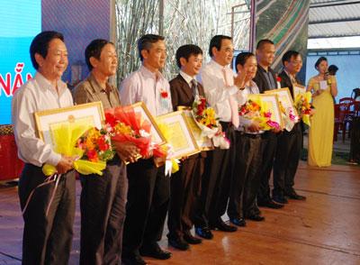 Ngoài hoạt động kinh doanh, Thanh còn là một trong những người có nhiều đóng góp cho hoạt động đồng hương tỉnh nhà.