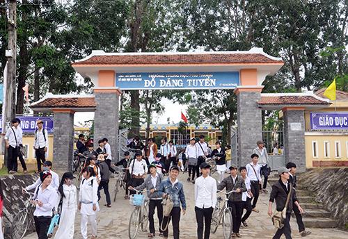 Trường THPT Đỗ Đăng Tuyển ngày càng  có uy tín về chất lượng giáo dục.Ảnh: X.PHÚ