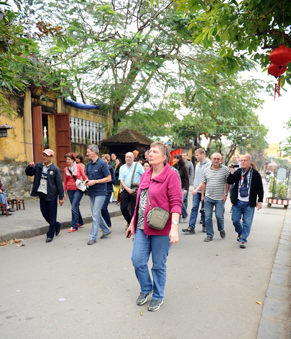 First German tourist group of 2014 visited Hoi An city.