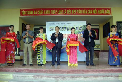 Triển lãm được tổ chức tại Trung tâm VHTT huyện Điện Bàn.