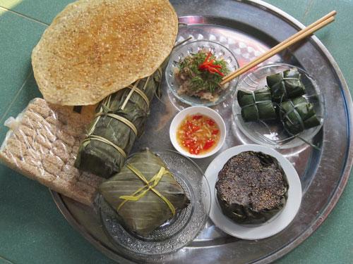 Một số loại bánh truyền thống của người dân xứ Quảng vào dịp Tết Nguyên đán.  Ảnh: C.N