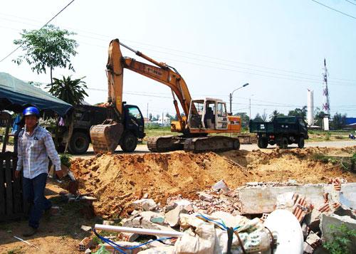 Các công trình đầu tư xây dựng (kể cả chất lượng, an toàn lao động, bảo hiểm cho người lao động...) rất cần thêm những cuộc thanh, kiểm tra. (ảnh chỉ có tính minh họa)