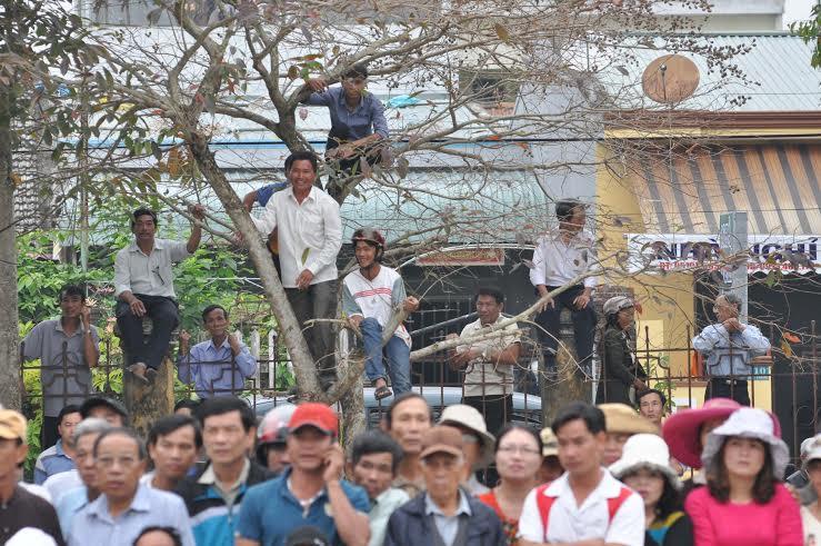 Nguyễn  Thị Mỹ - một trong hai vận động viên xuất sắc của đội Quế Sơn và cũng được xem là hoa khôi của giải năm nay.