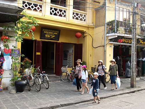 The Rest stop point for tourists in Hoi An city. Photo: Nguyen Kim Bao.