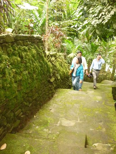 ngõ đá Lộc Yên ( Tiên Phước) - tiềm năng phát triển du lịch vẫn chưa được đánh thức.