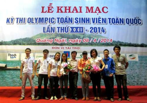 Đội sinh viên Đại học Quảng Nam