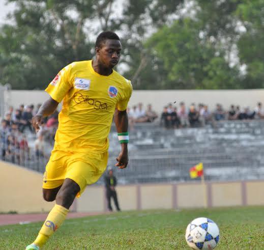 Yahaya ghi bàn thắng ở phút bù giờ, đem về 1 điểm cho QNK Quảng Nam