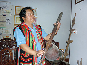 Nhạc sĩ Dương Trinh.