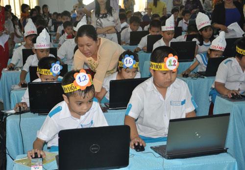 Sau khi ban hành đề án nâng cao chất lượng dạy học môn tin học bậc tiểu học, phong trào tin học trong học sinh Tam Kỳ phát triển khá mạnh.