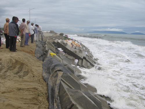 Kè biển, vệ sinh môi trường là những lĩnh vực các nhà tài trợ, định chế tài chính quan tâm.