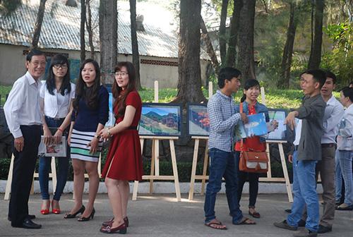 Các cuộc họp đồng hương tại Bình Dương luôn có sự đóng góp nhiệt thành của các đồng hương trẻ.