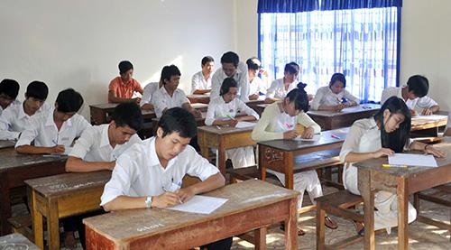 Kỳ  thi tốt nghiệp năm nay, TS thi tại nhiều phòng thi thay vì chỉ một phòng như trước đây. Ảnh: X.PHÚ