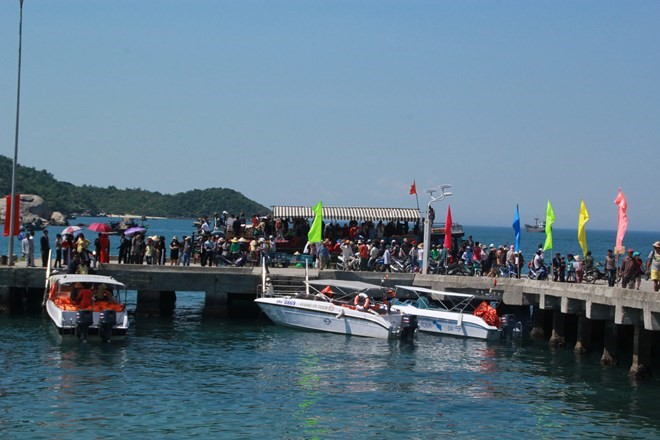 After being recognized as a World Biosphere Reserve, Cham Island has received more international tourists.
