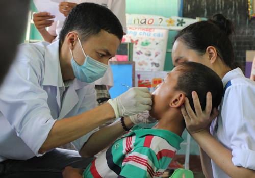 Quyền lợi của người tham gia BHYT vẫn được đảm bảo khi khám chữa bệnh ở bệnh viện tư theo quy định. Ảnh: A.T