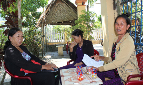 Nhiều người từng tham gia cách mạng tại xã Duy Hải khẳng định bà Huỳnh Thị Hường không phải là tù yêu nước và thanh niên xung phong. Ảnh: D.L