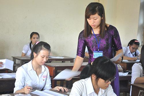 Thí sinh tại HĐCT Trường THPT Trần Cao Vân (Tam Kỳ).Ảnh: XUÂN PHÚ
