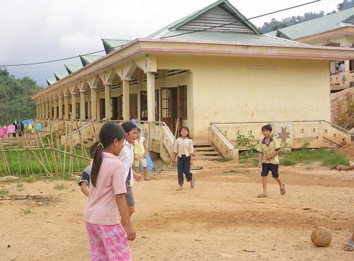 Nơi ăn ở nội trú của học sinh Trường Phổ thông DTNT cấp 2 - 3 Nam Trà My.
