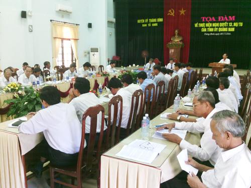 Huyện ủy Thăng Bình tổ chức tọa đàm về thực hiện Nghị quyết 13-NQ/TU của Tỉnh ủy trên địa bàn huyện.  Ảnh: CHÂU ANH