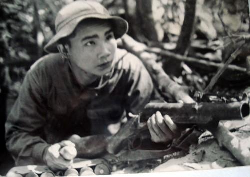 Anh hùng LLVTND Lê Mã Lương lúc ở chiến trường.