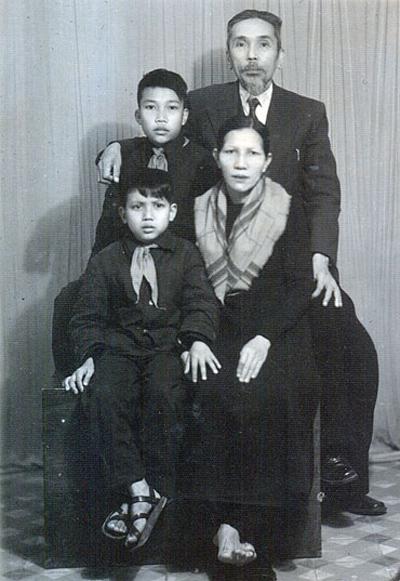 Gia đình Phan Khôi.