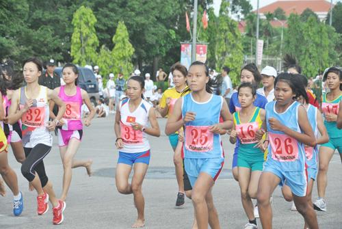 Nội dung đội tuyển tỉnh, thành phố được xem là dấu ấn lớn nhất của giải Việt dã truyền thống Báo Quảng Nam.