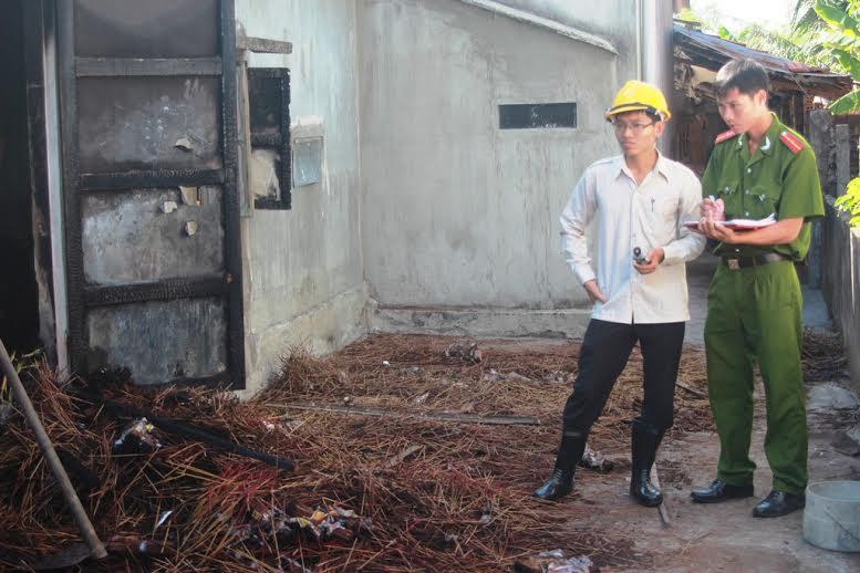 Nhà của ông Dương Công Thành bị cháy toàn bộ.