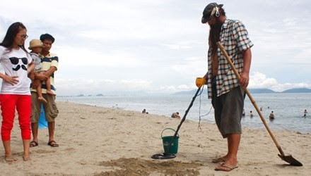 Brian James at Cua Dai beach.
