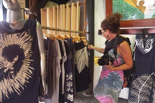 Fashion clothes with Vietnamese patterns attract Western tourists. Photo: Diep Sa.