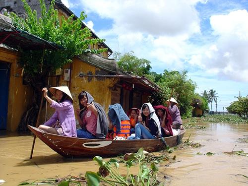 Trải nghiệm lũ lụt Hội An sẽ là một sản phẩm du lịch độc đáo.