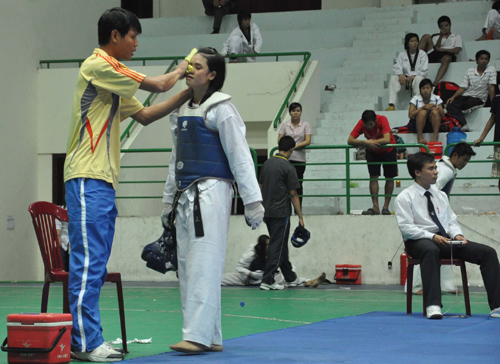 Vận động viên Nguyễn Văn Thanh sau khi giải nghệ đã trở thành huấn luyện viên. Ảnh: A.SẮC