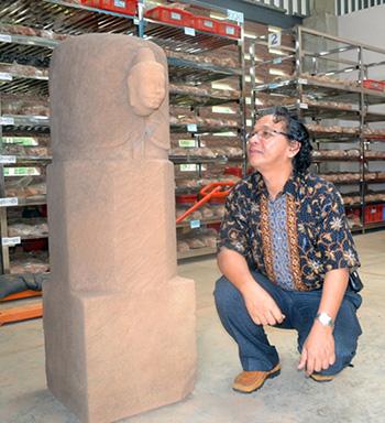 Mukhalinga đang được trưng bày tại Mỹ Sơn. Ảnh: K.LINH