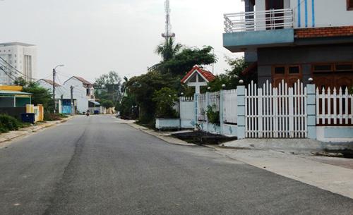Tuyến phố Ông Ích Khiêm ở địa bàn khối phố 7, phường An Sơn khang trang sạch đẹp. Ảnh: QUANG SƠN