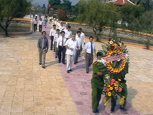 Delegation of Venezuela Embassy visits Nguyen Van Troi Memorial House
