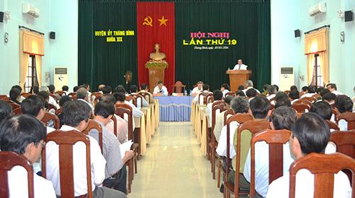 Công tác phát triển đảng viên là nhiệm vụ trọng tâm được Thăng Bình tiếp tục đặt ra tại hội nghị Huyện ủy lần thứ 19 vừa tổ chức. Ảnh: Q.VIỆT