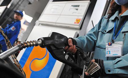 Giá xăng lại giảm tiếp 500 đồng/lít từ 18 giời chiều nay 23.10